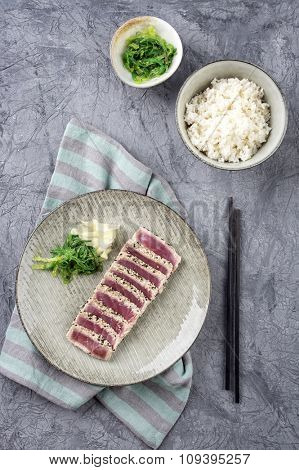 Tuna Tataki with Wakame and Rice