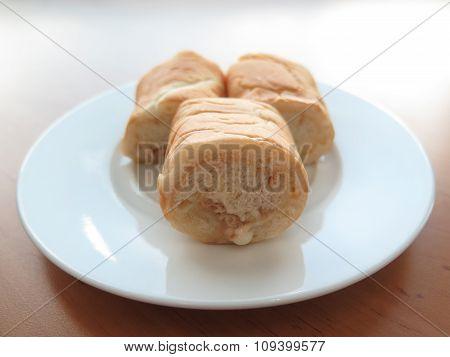 bread  tuna