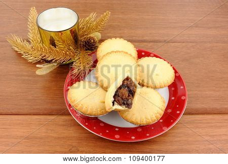 Sweet Christmas Mince Pies
