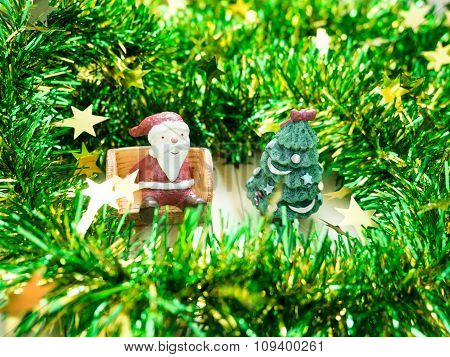 Santa Claus & Christmas Tree , Decoration Merry Christmas & Happy New Year, Select Focus Style