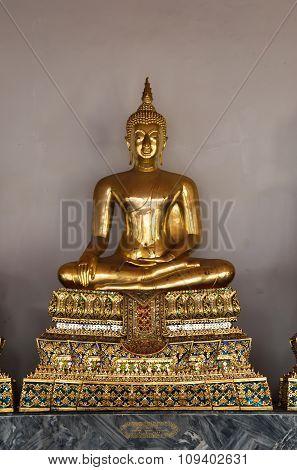 Golden Buddha Sculpture In Wat Pho