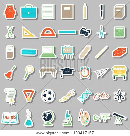 School accessories icons set