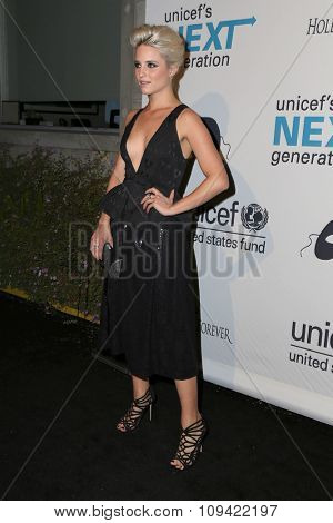 LOS ANGELES - OCT 30:  Dianna Agron at the 2nd Annual UNICEF Masquerade Ball at the Hollywood Forever on October 30, 2014 in Los Angeles, CA