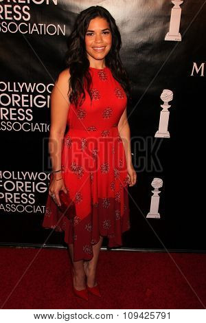 LOS ANGELES - AUG 13:  America Ferrera at the HFPA Hosts Annual Grants Banquet - Arrivals at the Beverly Wilshire Hotel on August 13, 2015 in Beverly Hills, CA