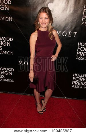 LOS ANGELES - AUG 13:  Ashley Hinshaw at the HFPA Hosts Annual Grants Banquet - Arrivals at the Beverly Wilshire Hotel on August 13, 2015 in Beverly Hills, CA