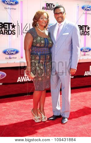 LOS ANGELES - JUN 29:  Linda Reese, Greg Mathis at the 2014 BET Awards - Arrivals at the Nokia Theater at LA Live on June 29, 2014 in Los Angeles, CA