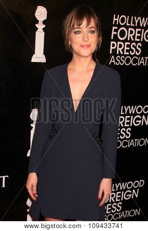 LOS ANGELES - AUG 13:  Dakota Johnson at the HFPA Hosts Annual Grants Banquet - Arrivals at the Beverly Wilshire Hotel on August 13, 2015 in Beverly Hills, CA