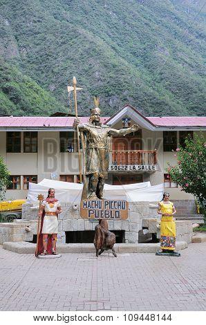 Inca Pachacutec Statue.