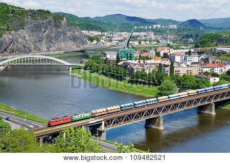 Railways Bridge Over Elbe River, Usti Nad Labem,   Czech Republic.