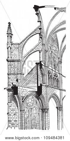 Amiens Cathedral, Cross section, vintage engraved illustration. Industrial encyclopedia E.-O. Lami - 1875.