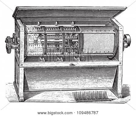 Centrifugal sifter H. Seck, vintage engraved illustration. Industrial encyclopedia E.-O. Lami - 1875.