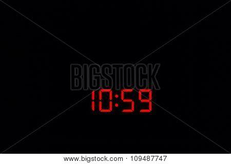 Digital Watch 10:59