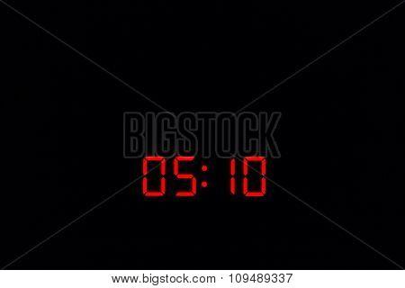 Digital Watch 05:10