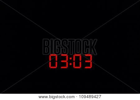 Digital Watch 03:03
