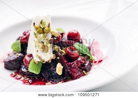 salad with beetroot