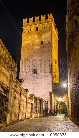 Tower Of Castelvecchio Castle In Verona - Italy