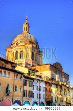 Basilica Of Sant Andrea In Mantua - Italy