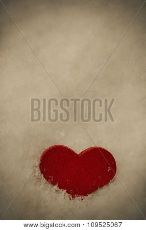 Red Wooden Heart Upright In Snow - Vintage
