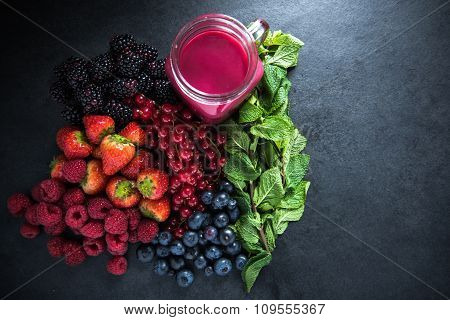 Antioxidant All Berries Fruit Smoothie