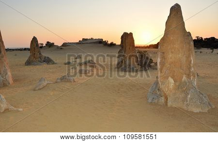 Pinnacle Desert at Sunset: Nambung National Park