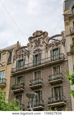 BARCELONA, SPAIN - MAY 01: Details of the facade of art noveau houses in Barcelona. May 01, 2015 in Barcelona, Spain