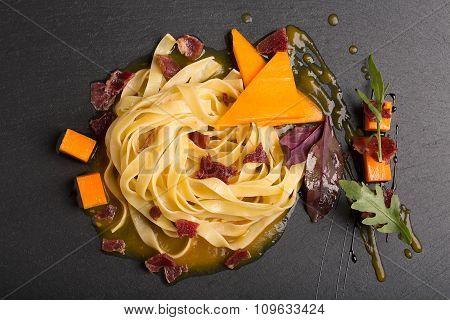 Pasta With Pumpkin Sauce