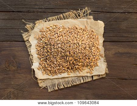 Pile Of Whole Unpolished Spelt