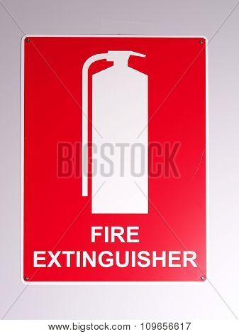 Emergency fire extinguisher wall sign