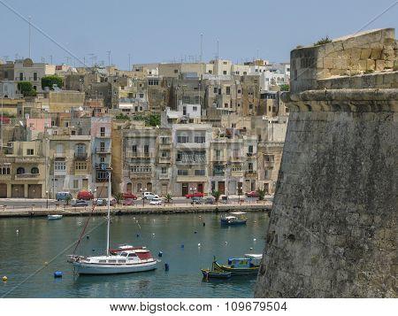 Bighi, Malta
