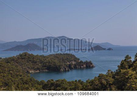 Sea and Green Mountain