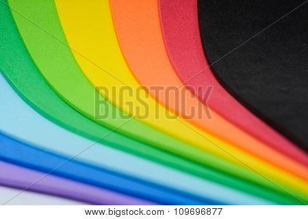 Iridescent colors of cellular rubber