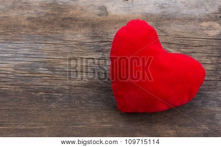 the red plush heart