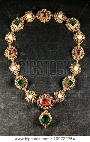 Antique Jewelry Golden Chain With Large Precious Gems.