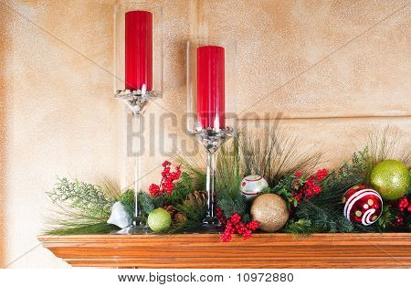 Decorated Fireplace Mantle For Christmas
