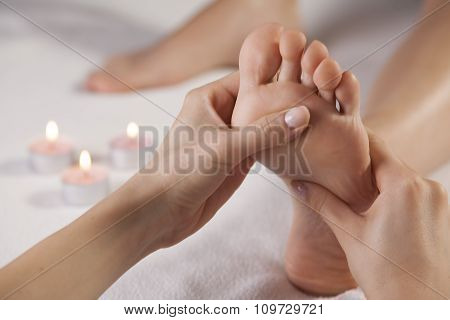 Aromatherapy Foot Massage