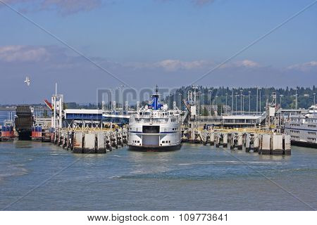 Ferries at Tsawwassen