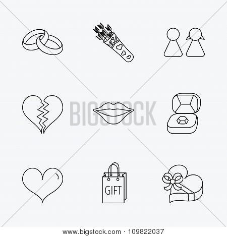 Love heart, kiss and wedding rings icons.