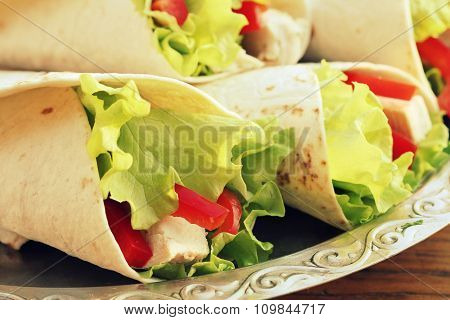 tortilla wraps with chicken and vegetables
