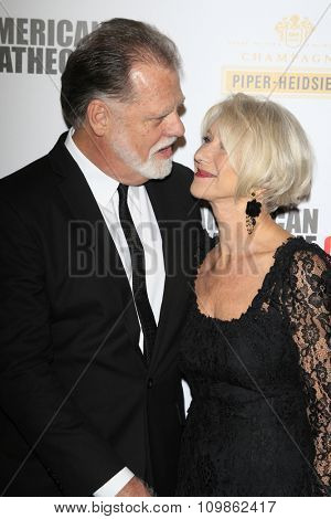 LOS ANGELES - DEC 12:  Taylor Hackford, Helen Mirren at the 27th American Cinematheque Award at the Beverly Hilton Hotel on December 12, 2013 in Beverly Hills, CA