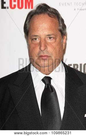 LOS ANGELES - DEC 12:  Jon Lovitz at the 27th American Cinematheque Award at the Beverly Hilton Hotel on December 12, 2013 in Beverly Hills, CA