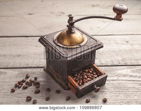 Vintage Coffee Blender
