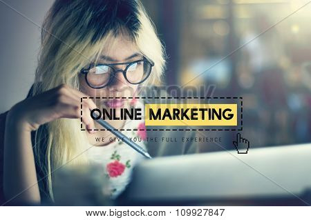 Online Marketing Advertisement Strategy Target Promotion Concept