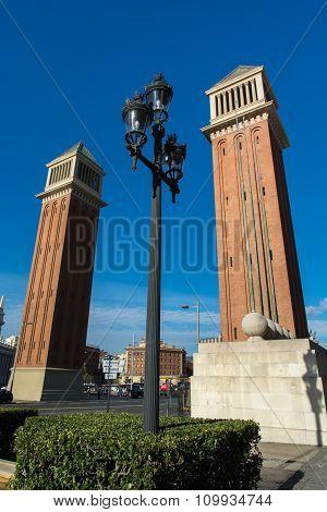 Lamppost With Venetian Towers In Placa De Espana - Barcelona