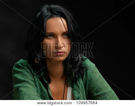 Casual woman portrait. attentive
