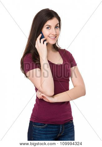 Caucasian woman talk to cellphone