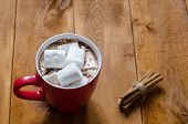 ������, ������: cup of hot chocolate with cinnamon and marshmallows