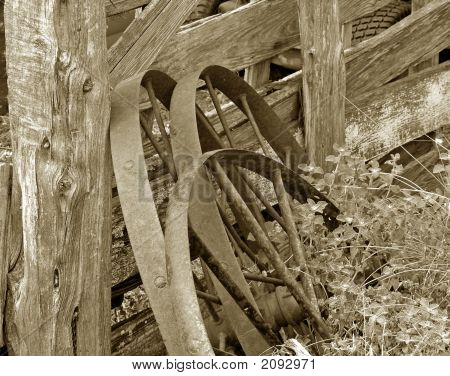 Wagon Wheels Antiqued