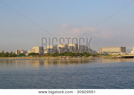 bayside-cityscape-view