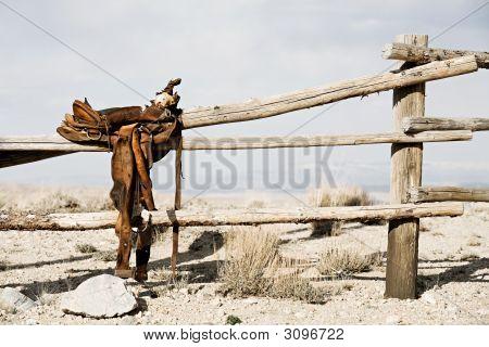 Ranch - Sattel auf Zaun