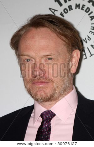 LOS ANGELES - MAR 13:  Jared Harris arrives at the